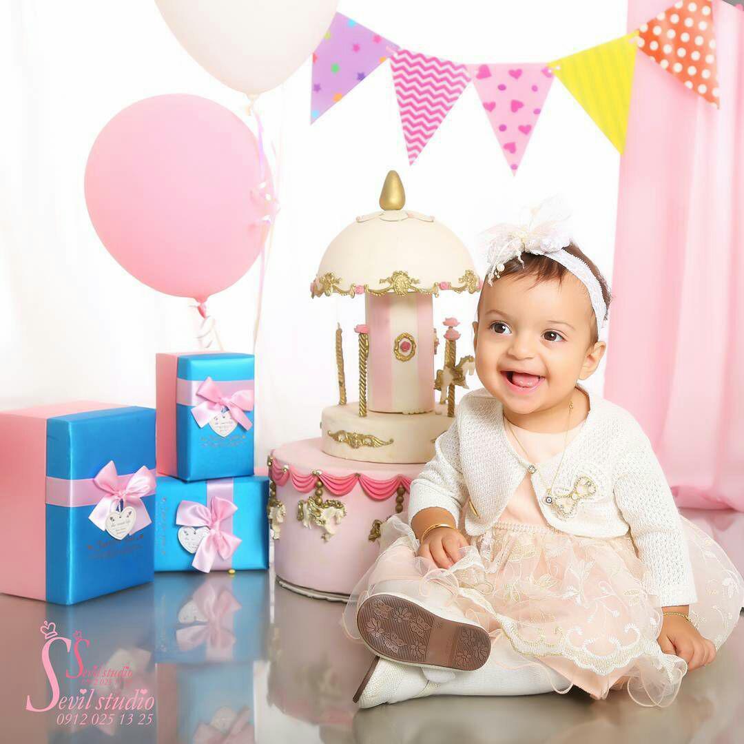 عکاسی نوزاد در منزل
